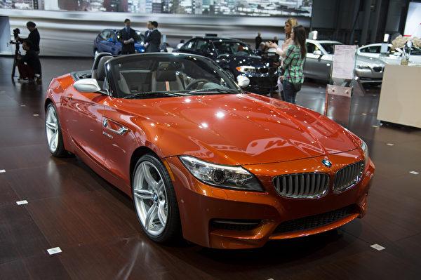 2013纽约国际车展 BMW Z4(摄影:戴兵/大纪元)