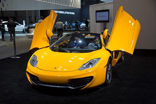 2013纽约国际车展 Mclaren(摄影:戴兵/大纪元)