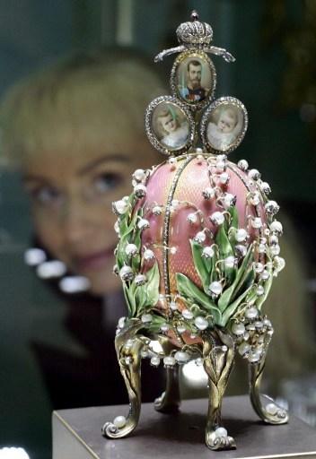 百合谷蛋于1898年由俄罗斯珠宝商彼得·卡尔·法贝热制作(AFP PHOTO    DDP/MICHAEL KAPPELER)