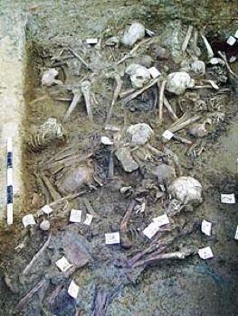 考古发现古罗马人因瘟疫死亡后的遗骨。(网络图片)
