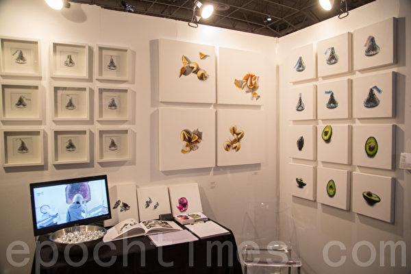 图: 手工展览会上展现的手工艺品。(摄影:艾文/大纪元)