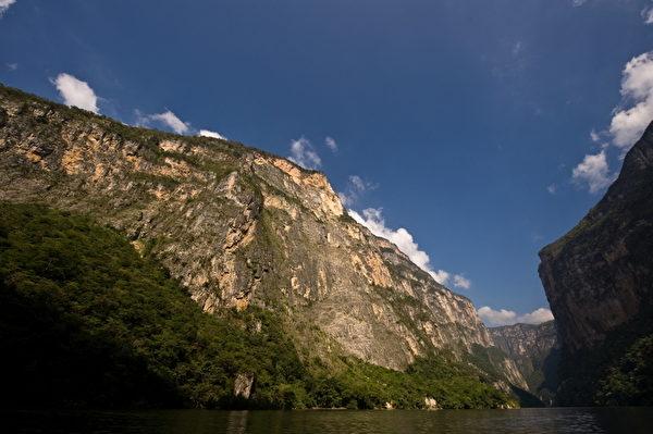 墨西哥苏米德罗大峡谷。(Ronaldo Schemidt/AFP)