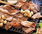 石锅拌饭和烤肉(Rockin Rice 提供)