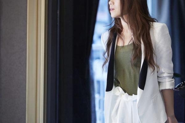 """金曲歌后""""Tanya""""蔡健雅为电影《爱在午夜希腊时》打造优美动听的主题曲《十万毫升泪水》。(图/采昌提供)"""