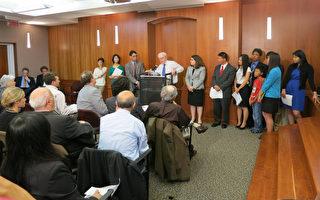 美国重量级议员施压中共释放16名良心犯