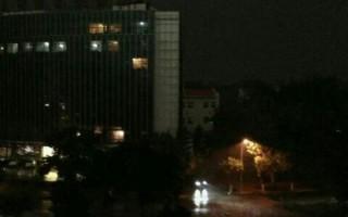 2013年6月4日,中共屠杀百姓24周年祭日,那天乌云蔽日,北京的白天如同黑夜一般,人们都禁不住害怕起来。(网络图片)