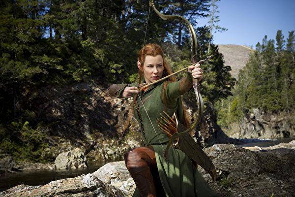 精灵族的女战士陶烈儿。(图/华纳兄弟提供)