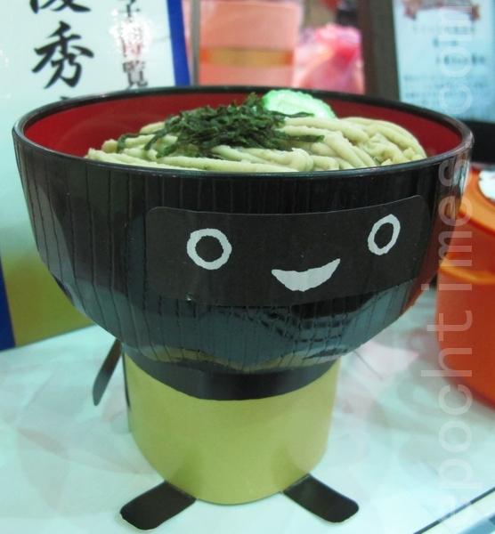 可爱造型的蒙布朗,在日本颇受欢迎,可称是岩手县名产,当地居民都会买来送亲朋好友。(摄影:施芝吟 /大纪元)