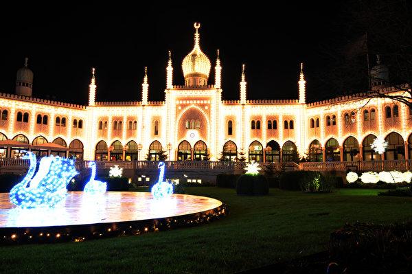丹麦哥本哈根的蒂沃利公园美丽夜色(Fotolia.com)