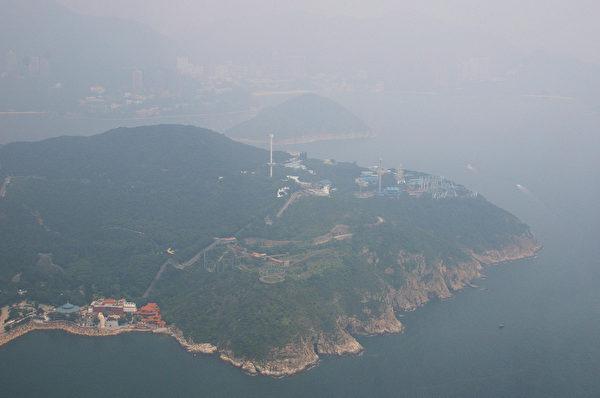 俯瞰香港海洋公园 (Laurent FIEVET/AFP)