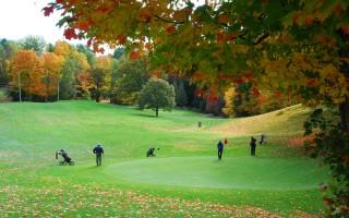 渥太華的秋天層林盡染、風景宜人。(任喬生/大紀元)