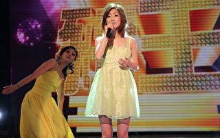 金曲歌后李娅莎一连演唱《旧情绵绵》、《花若离枝》、《爱》等歌曲。(图/中视提供)