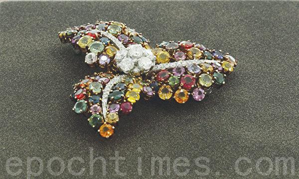 首尔江南钻石专卖店代表李妍姬经营的宝石饰品。(摄影:全宇/大纪元)