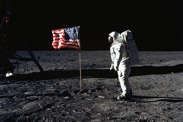 川普入主白宫后 NASA将重返月球?