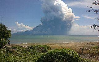 印尼东部火山喷发  至少3死