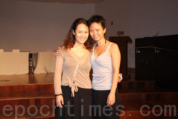 圖為張育嘉導演(左)和張乃文導演(右)。(攝影:王依瀾/大紀元)
