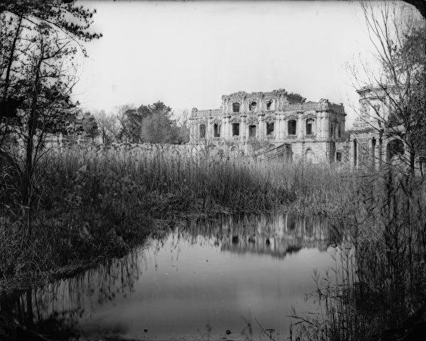 圆明园现存最早的圆明园历史影像。(顽石创意提供)