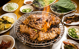 「新亭」特色烤黑豬排香而不膩、百吃不厭。(攝影:愛德華/大紀元)