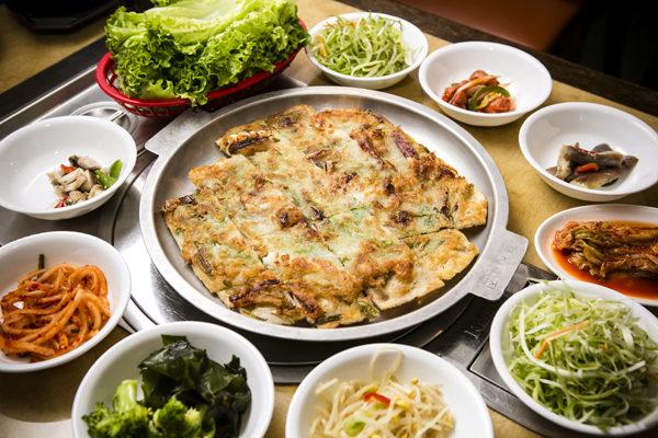 韓國熱石煎餅。(攝影:愛德華/大紀元)