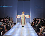 金奖获得者为来自台湾的张淑智(主设计师)她的作品为:春之颂;服装朝代:宋朝。戴兵/大纪元)