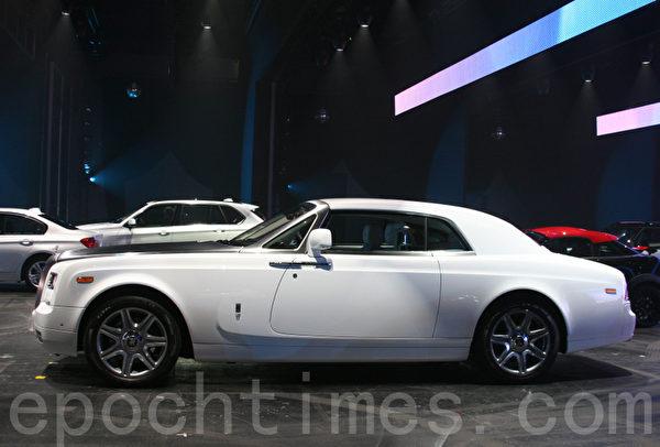 IAA上勞斯萊斯推出的的轎跑車Coupe (攝影:曹工/大紀元)