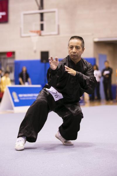 新唐人第四屆「全世界華人武術大賽」來自美國的王百利獲得男子拳術組的金獎。(愛德華/大纪元)