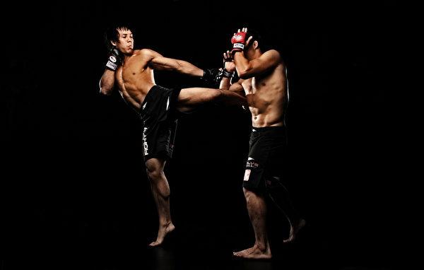 香港出生,英國長大的拳擊明星Eddie Ng,目前在One FC擁有5:1的驕人賽績。(圖片來源│One Fc提供)