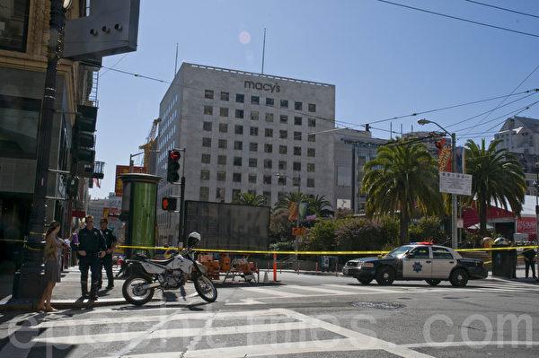 10月17日上午,旧金山联合广场发现可疑装置后关闭。(马有志/大纪元)