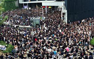 香港12萬人上街 不滿梁振英資訊封殺