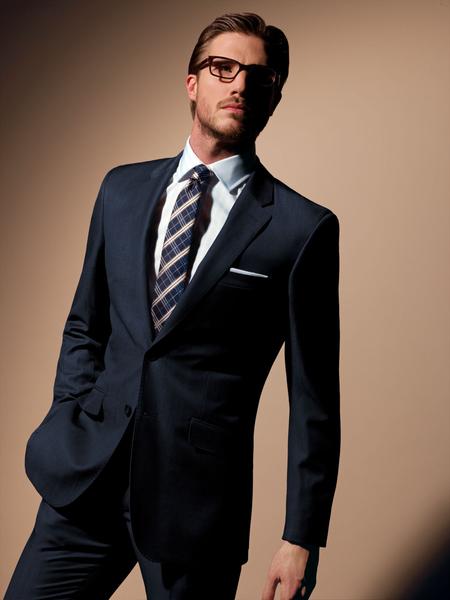 """丰富多元的花色款式设计搭配,展现浓浓英式绅士风格。(图:""""T.M LEWIN""""官网提供)"""