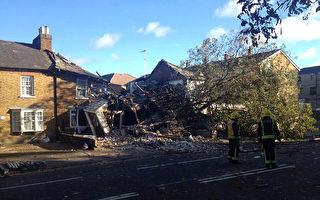組圖:十年來最強風暴侵襲英國南部
