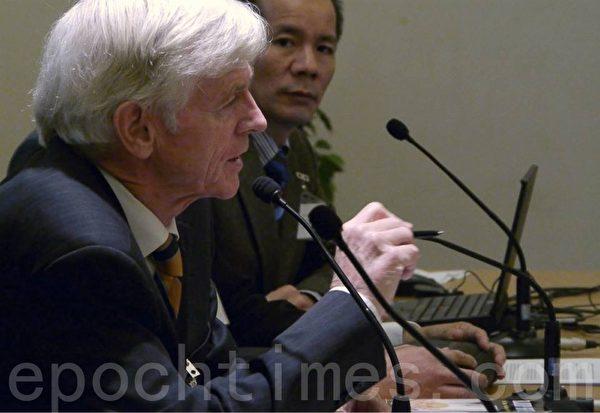 加拿大前內閣成員及亞太司司長大衛•喬高在瑞典議會演講。(攝影:李志賀/大紀元)