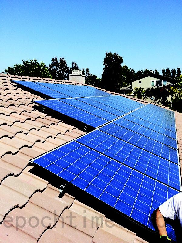 圖:聖地亞哥南郡Chula Vista的一處太陽能屋頂。(圖片由Semper Solaris提供)