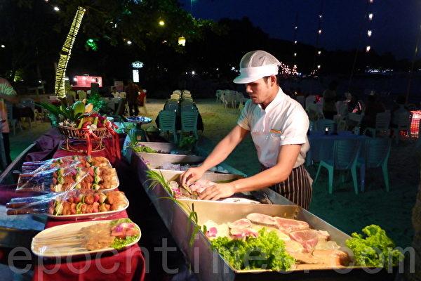 泰國旅遊勝地沙美島美食迎來賓(攝影:寧靜/大紀元)