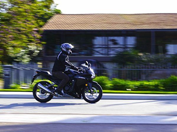 澳洲西部騎摩托車的人越來越多(周鑫/大紀元)