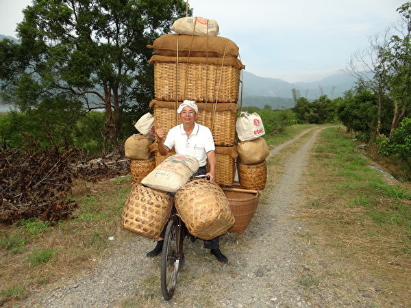 臺灣早期文化:米貨籃。至今還在台灣呈現 (蘇泰安/大紀元)