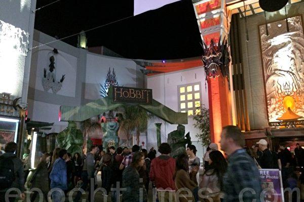 圣诞佳片纷至 《霍比特人2》精彩可期