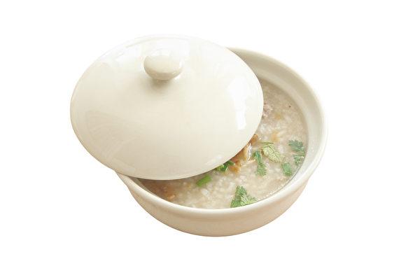 山药莲米粥(Fotolia)