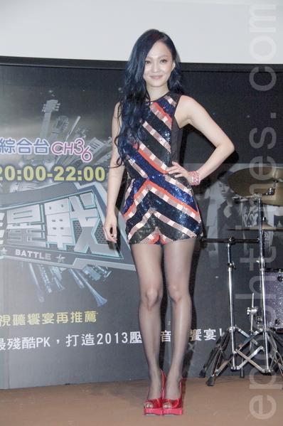 张韶涵12月23日在台北出席记者会为大陆选秀节目造势。(黄宗茂/大纪元)