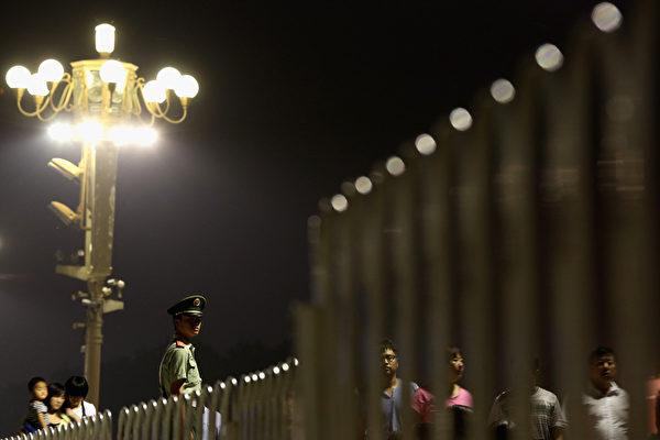 中央政法工作會議在北京召開,習近平講話中強調對政法系統的整肅:「堅決清除害群之馬」,隨後公安系統恐慌驚現集體向習近平「表忠心」、向中央「靠攏」。(圖片來源:Getty images)