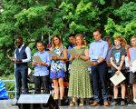 在1月26日澳洲国庆日,全澳共有来之155个国家的1.78万人,通过400个入籍仪式宣誓成为澳洲公民。(摄影:史群/大纪元)