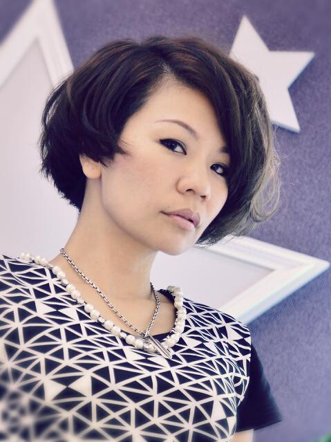 米兰时尚发型艺术总监MANDY。(图:米兰时尚发型提供)