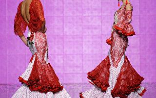 1月31日,2014国际佛朗明哥时装秀(SIMOF)模特儿展示西班牙服装设计师Ana Moron的新款服饰。(GOGO LOBATO/AFP)