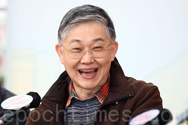 《am730》老闆施永青認為北京當局會透過讓中資機構抽廣告等手段,收緊香港傳媒空間。(潘在殊/大紀元)