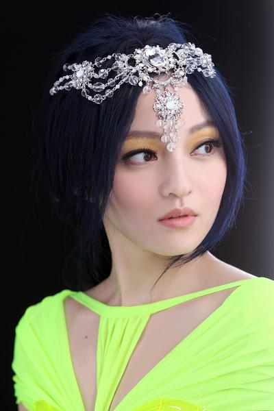 張韶涵大玩MV連續創意。除了音樂之外,視覺也值得仔細品味。(天涵音樂提供)