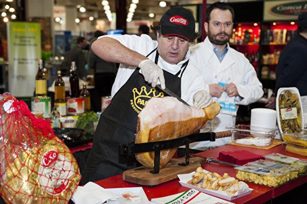 第21届国际餐厅及餐饮展纽约开幕。(戴兵/大纪元)