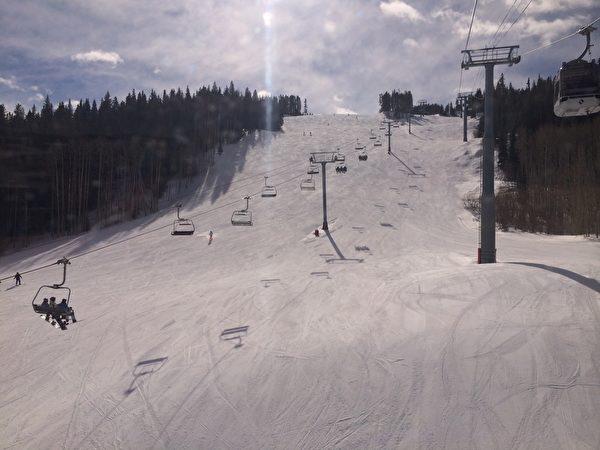 科罗拉多的滑雪胜地——韦尔Vail.(慧捷/大纪元)