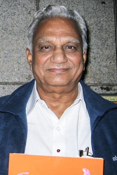 印度Choice软件有限公司总裁G.Satyanarayana3月8日观赏神韵国际艺术团在基隆文化中心的演出。(郑心慈/大纪元)