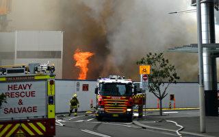 悉尼Barangaroo工地发生大火