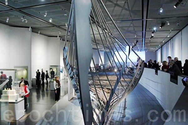 大英博物馆展出的迄今发现的最长的海盗船(曹莺飞/大纪元)